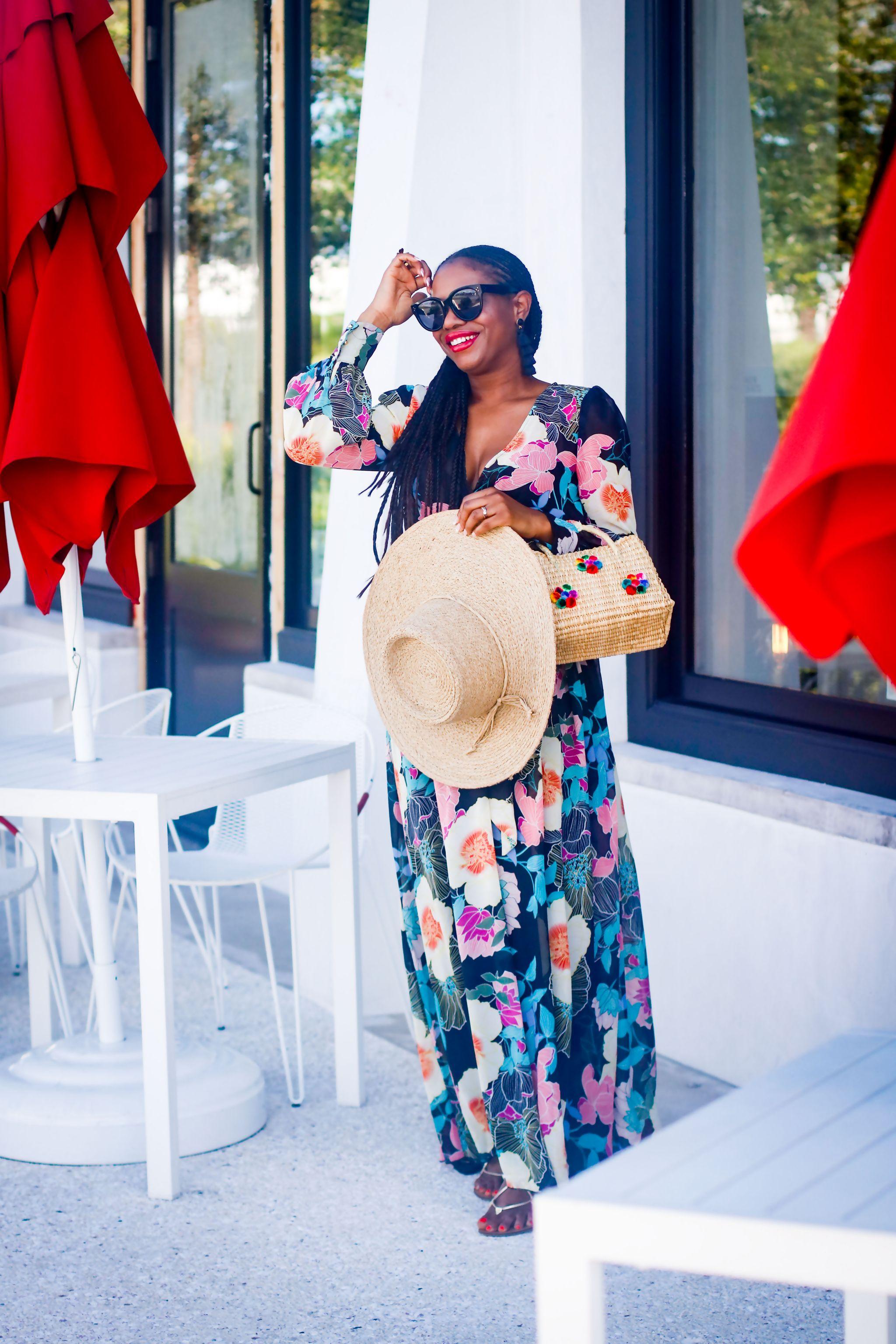 Fashion blogger wearing Maxi dress to the beach.jpg 4
