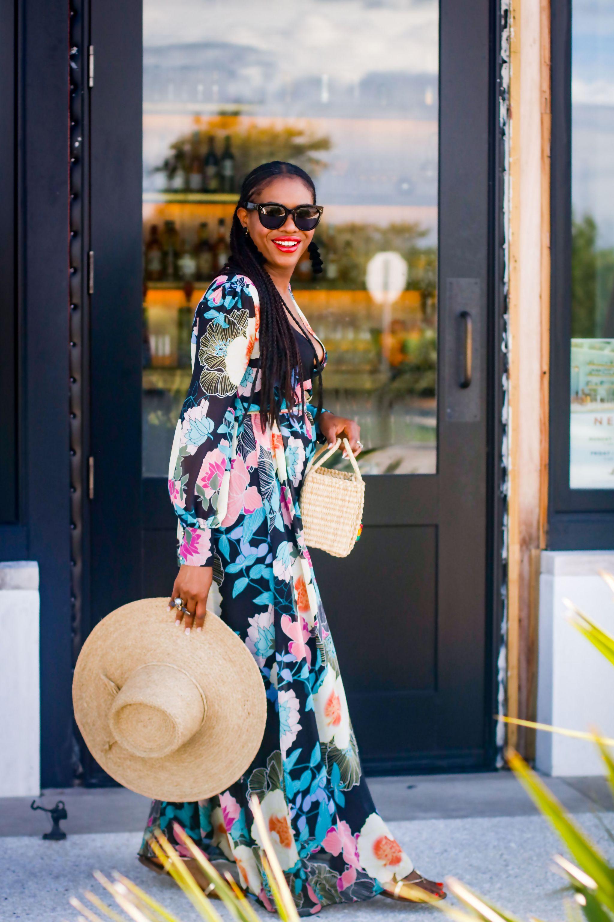 Fashion blogger wearing Maxi dress to the beach.jpg 6