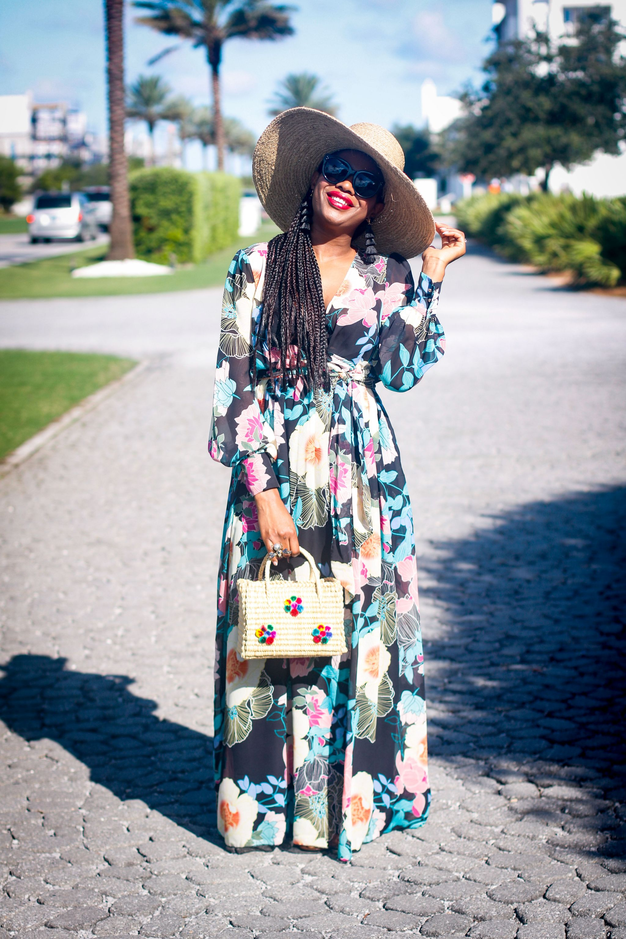 FLORAL MAXI AT THE BEACH
