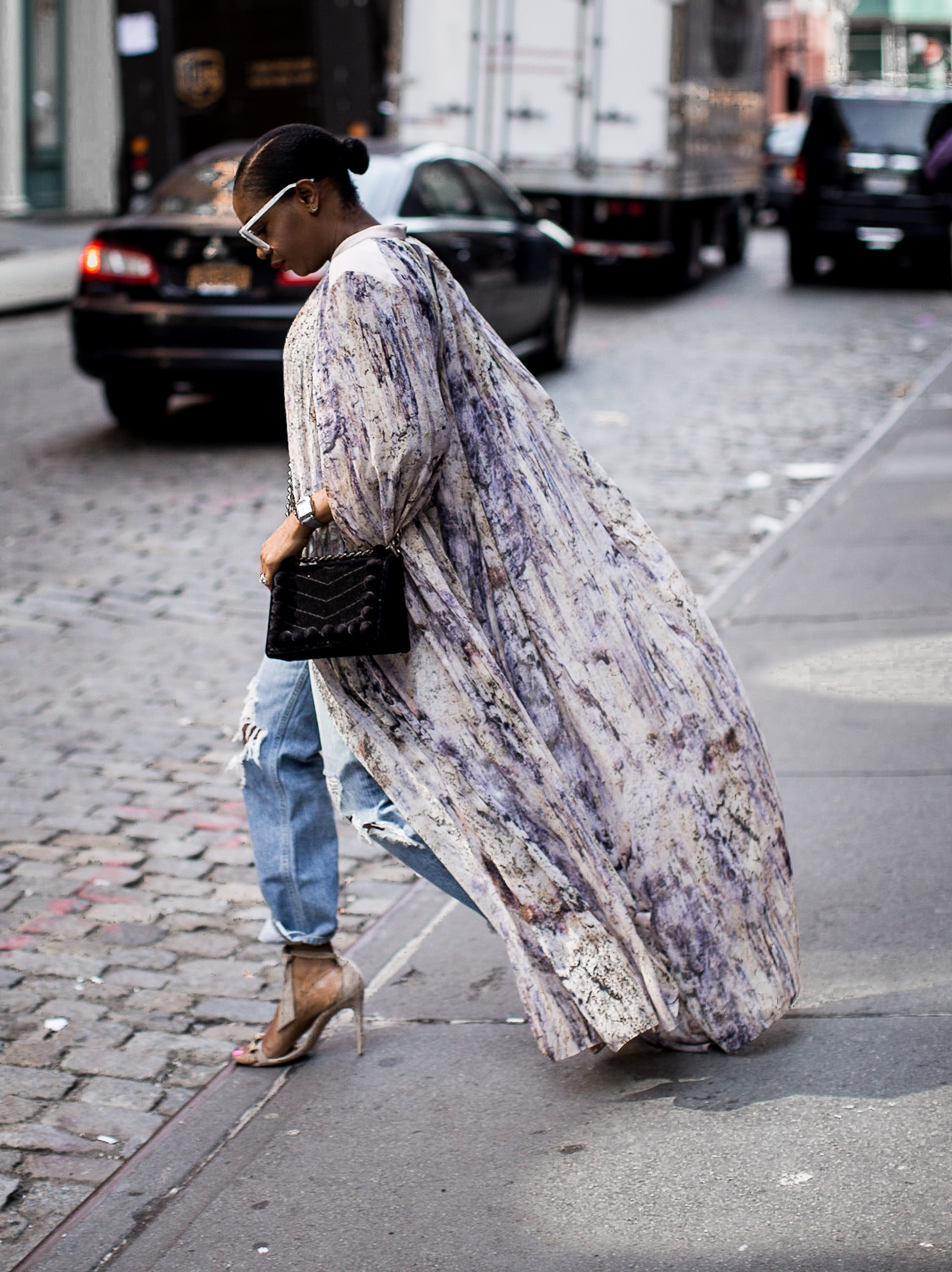 Long Kimono And How To Style It For The Fall Fashion Season
