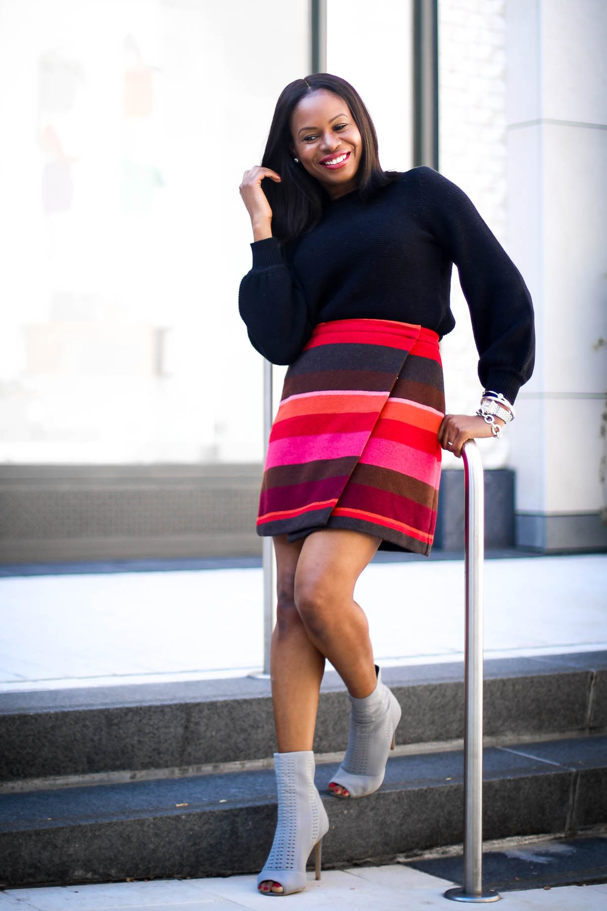 2 WAYS TO STYLE THE BELL-SLEEVE SWEATER TREND