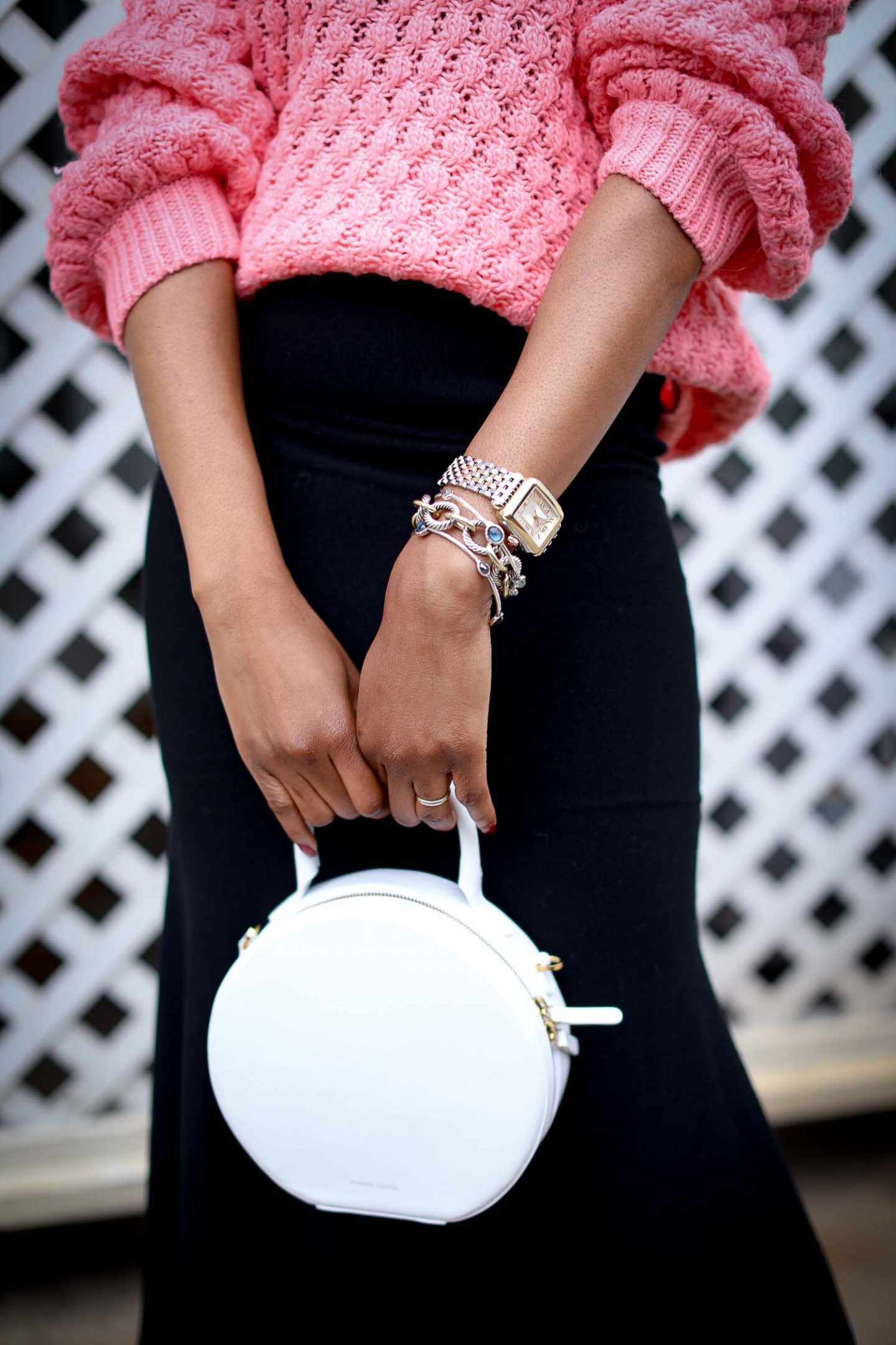 PINK CHUNKY KNIT SWEATER AND BLACK KNIT MIDI SKIRT