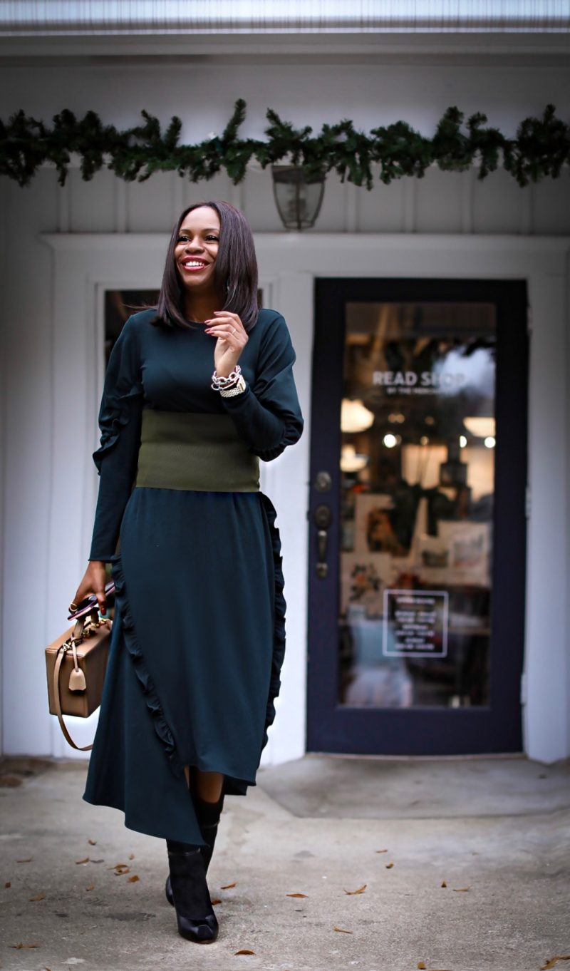 A GREEN MIDI DRESS OUTFIT TO COPY NOW