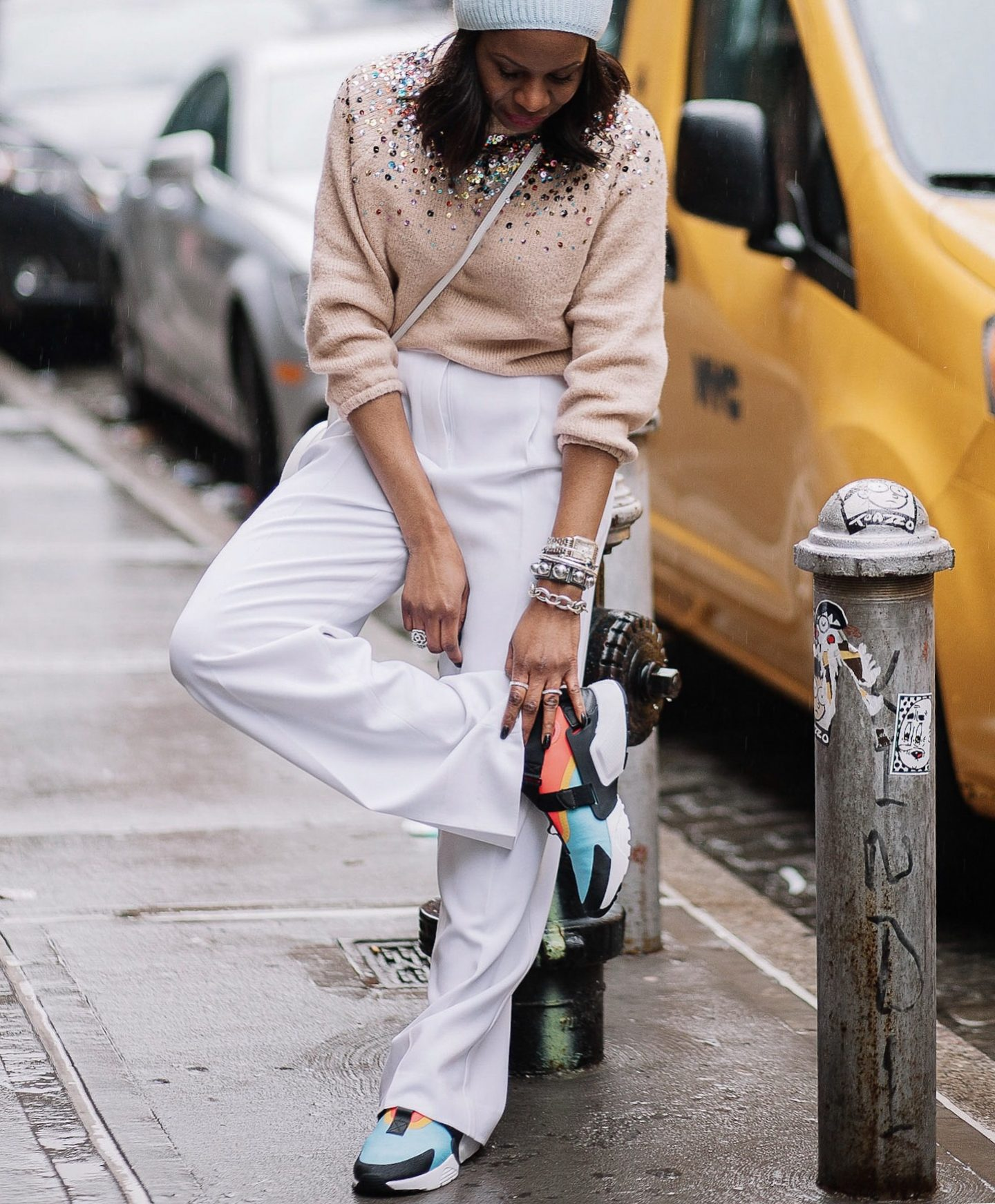 THE SNEAKERS THAT WILL MAKE YOUR WEEKEND OUTFIT COOL