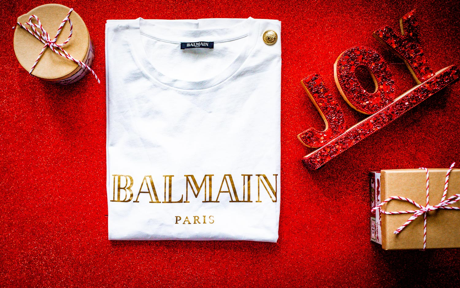 holiday gifts for your favorite fashionista friend, balmain logo tee in white and gold