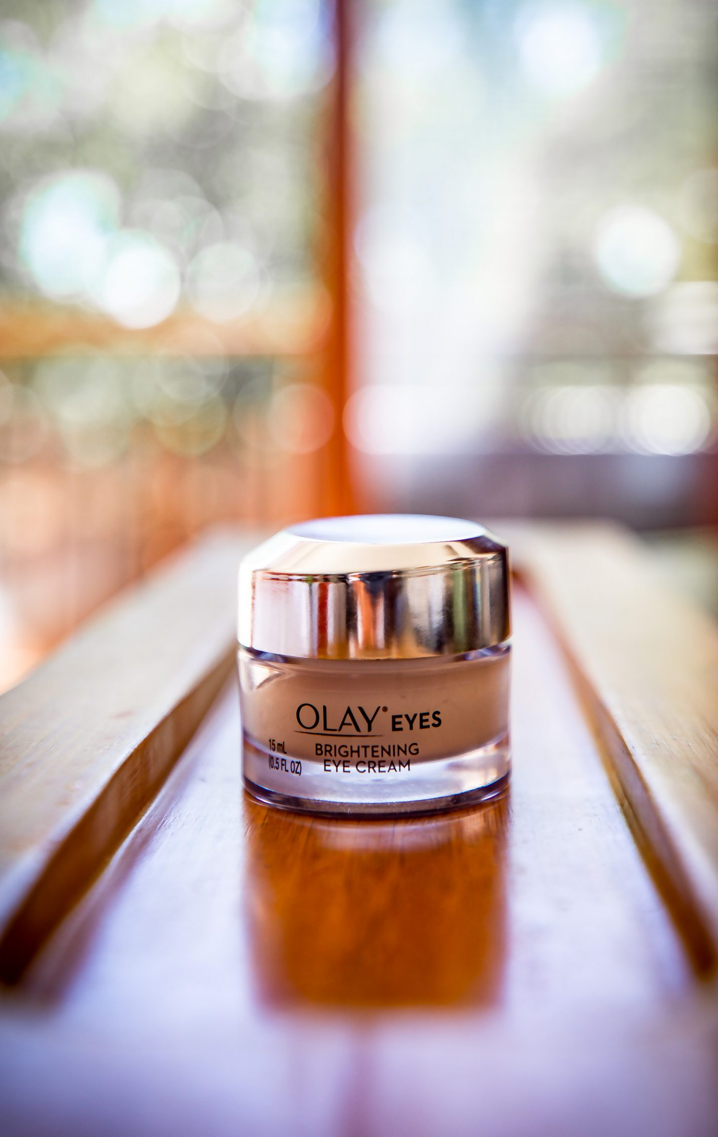 Atlanta blogger Monica Awe-Etuk achieves brighter eyes with the help of olay brightening eye cream