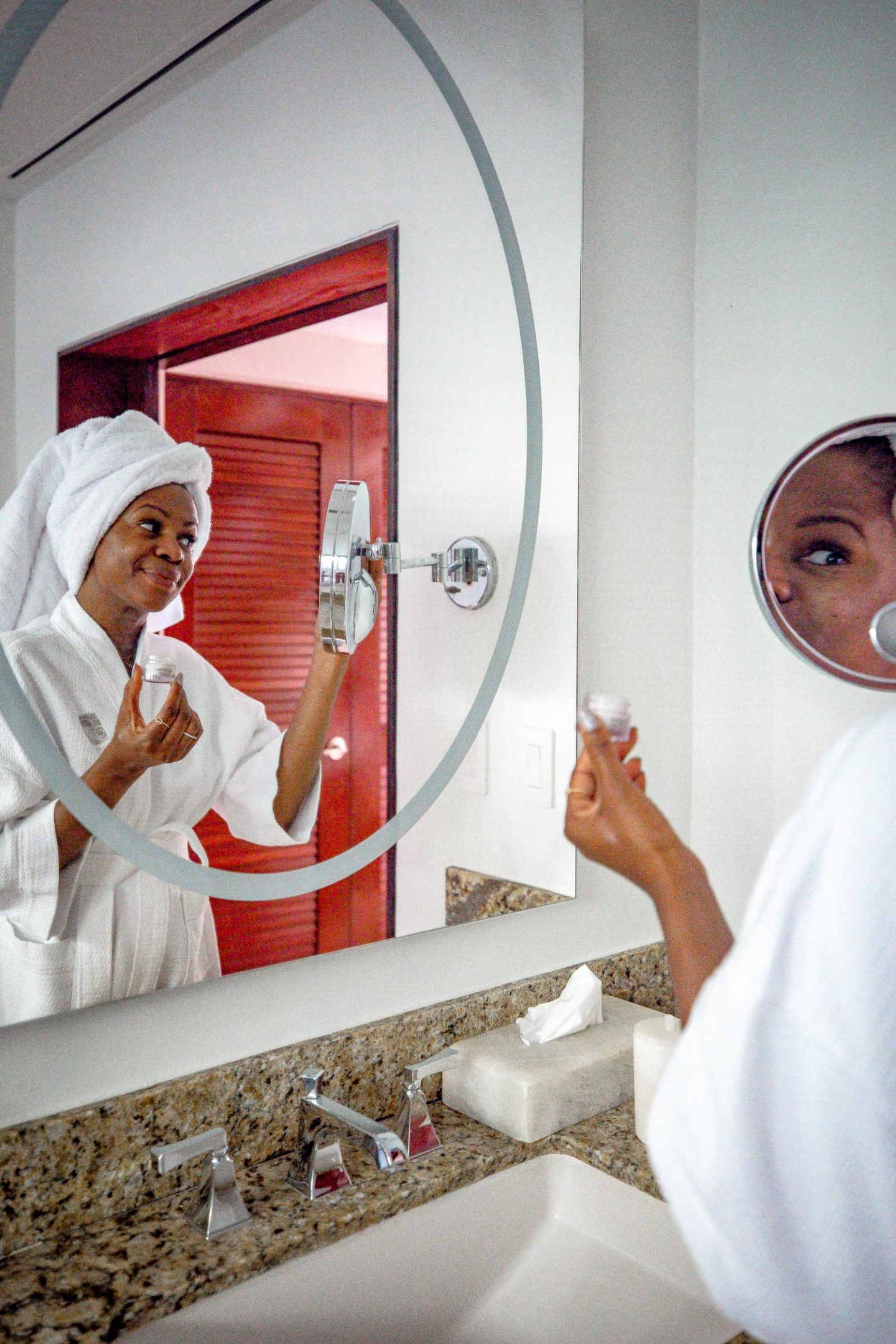 Atlanta blogger Monica Awe-Etuk achieves brighter eyes with the help of olay eye cream