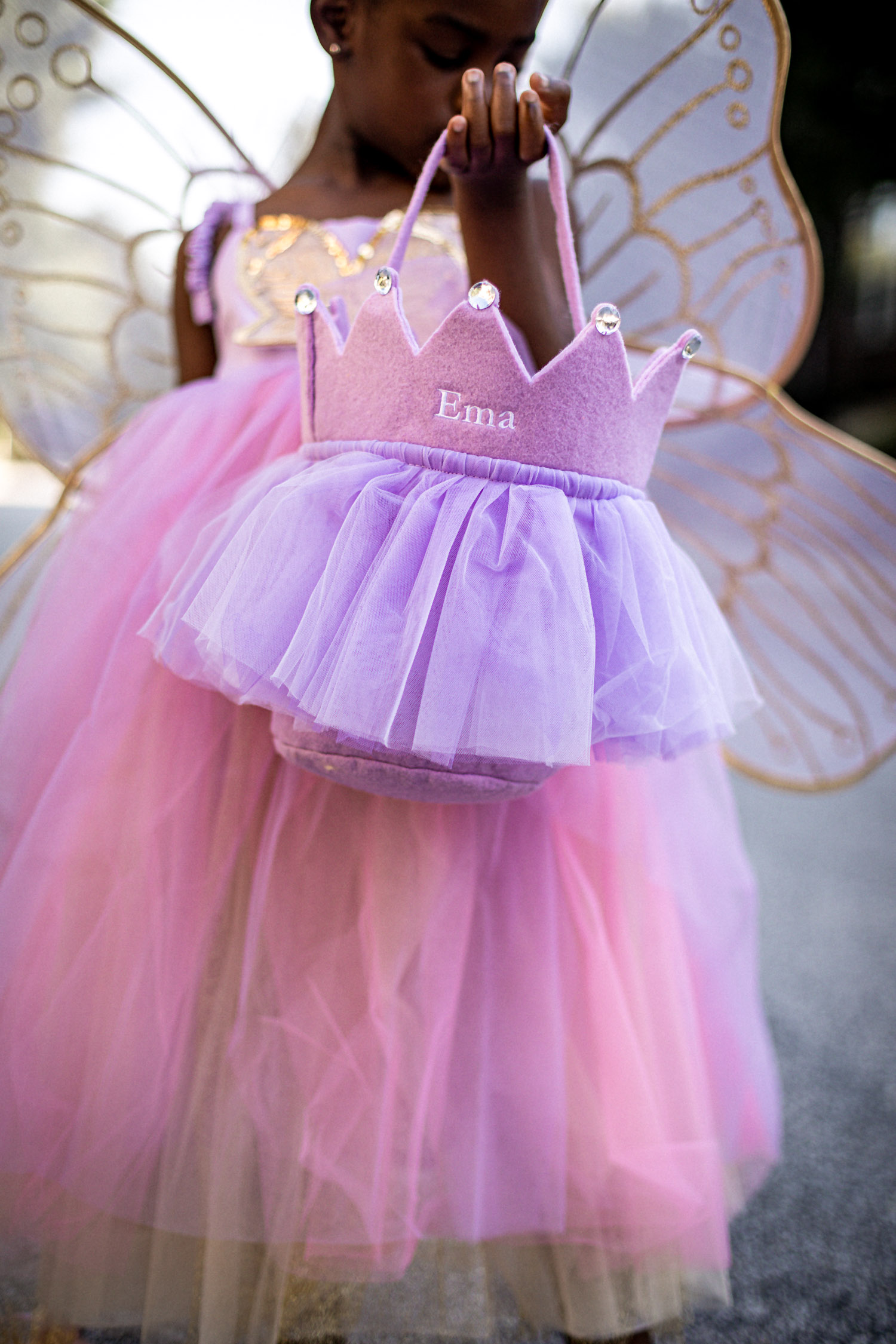 fashion blogger's kids wearing halloween costumes from pottery barn kids, best halloween costumes, panda costume, fairy costume, princess costume, costumes for kids, pottery barn halloween costumes for kids, how to pick the best costumes for kids, kids halloween costumes,