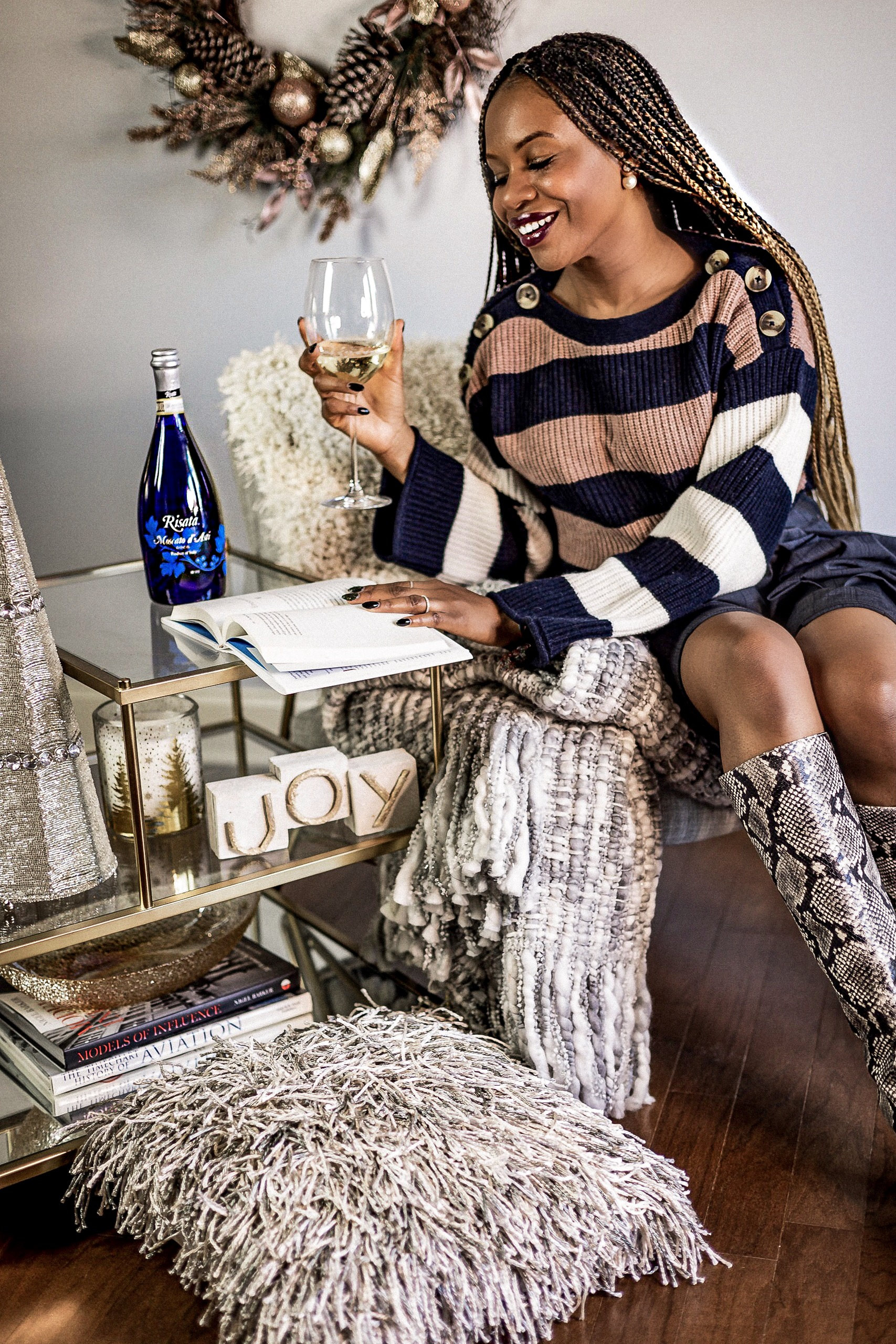top atlanta blogger celebrating the holidays with self care and risata wines, madewell sweater, strip sweater, holiday season