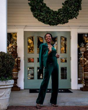 atlanta blogger wearing white house black market green velvet jumpsuit, green velvet blazer, bottega stretch sandals