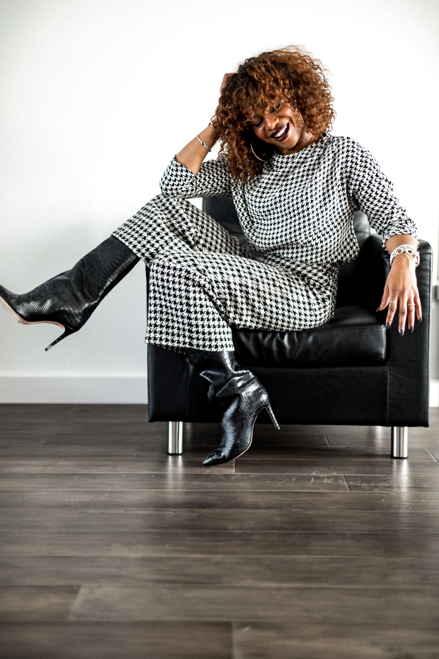 atlanta blogger monica awe-etuk wearing black and white houndstooth, how to style houndstooth, 5 things about me, about atlanta blogger, about top atlanta blogger, fashion and lifestyle blogger spills the tea