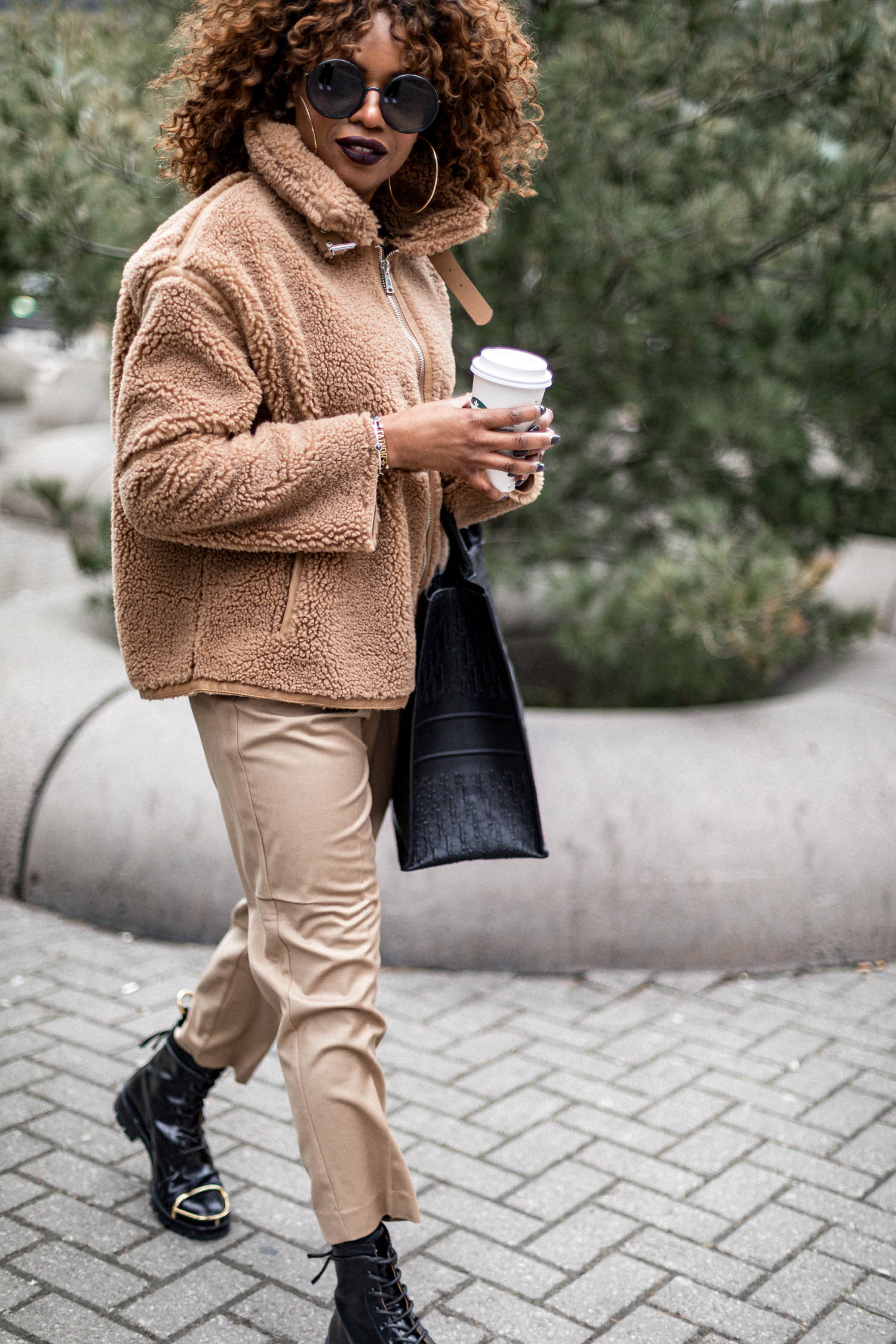 atlanta blogger wearing zara brown teddy jacket in toronto, how to style a teddy coat, why teddy coats are on trend, top blogger, style tips, how to style a teddy coat, are teddy coats warm, winter coats, toronto street style, coat trends, coat styles, top coats in 2020, coats to buy, what coats to buy in 2020