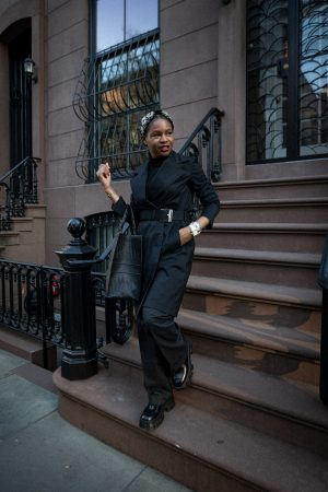 atlanta blogger shows you how to wear all black to work