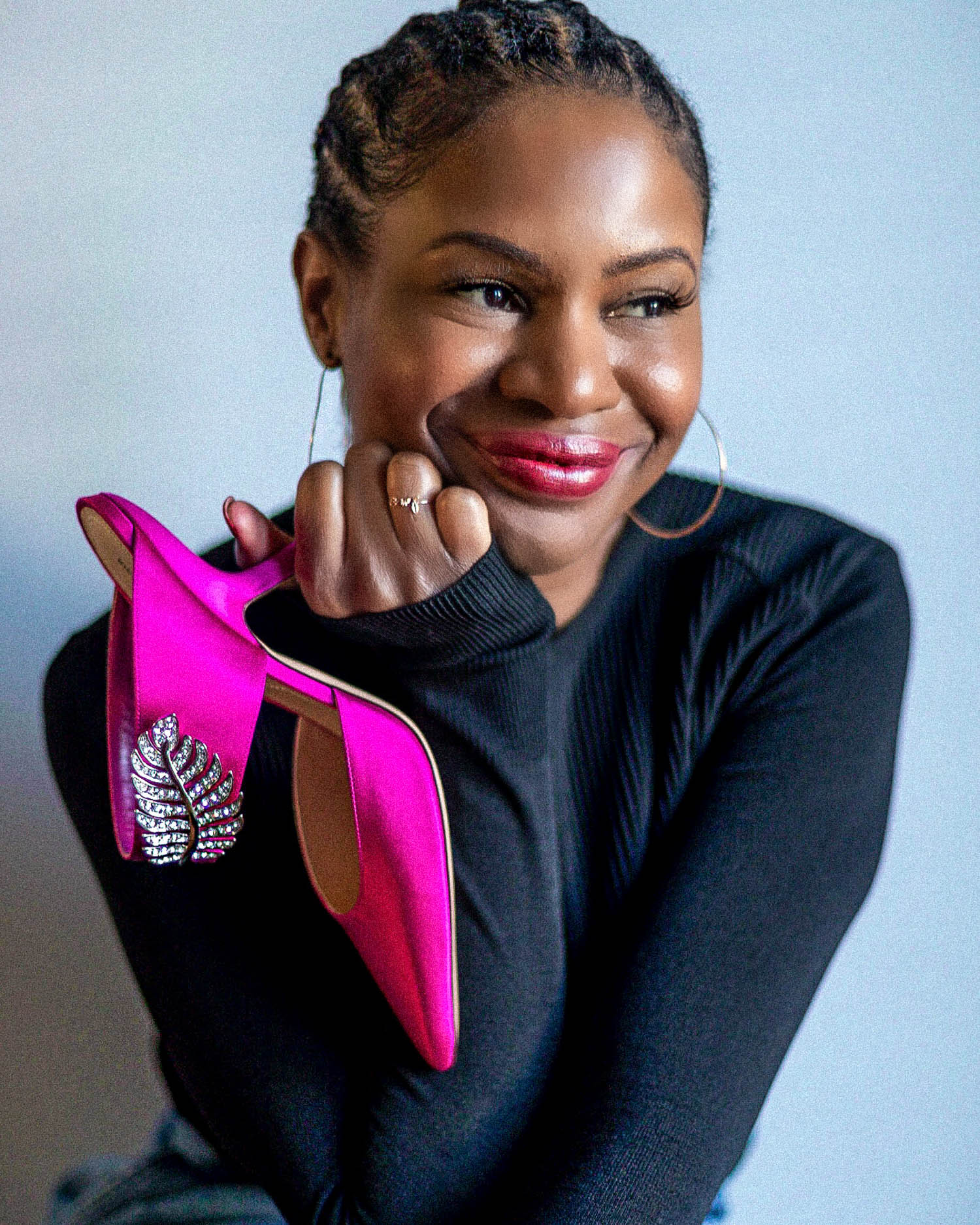 atlanta blogger unboxes nicholas kirkwood shoes, shoe unboxing, nicholas kirkwood shoe unboxing, try-on video, what you should know before buying nicholas kirkwood shooes, nicholas kirkwood mules, spring shoe trends,
