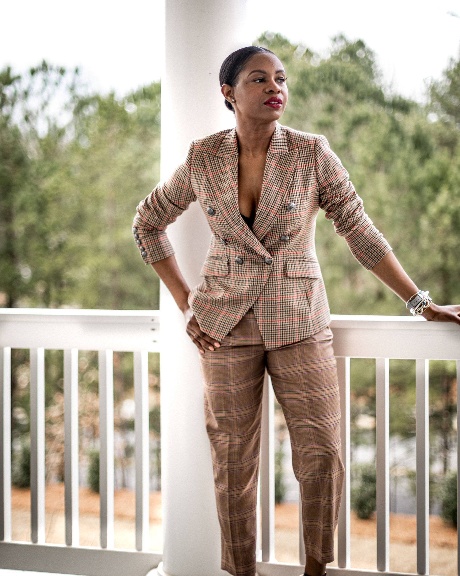 atlanta blogger monica awe-etuk wearing banana republic plaid suit for spring, what to wear to work, what to wear to work, how to look feminine and powerful to work, how to dress like a boss, what to wear to wear, spring work outfits, what to wear to work for spring, best work outfits, plaid suit, double breast plaid suit, banana republic suit, best suits for work, best stores for work wear