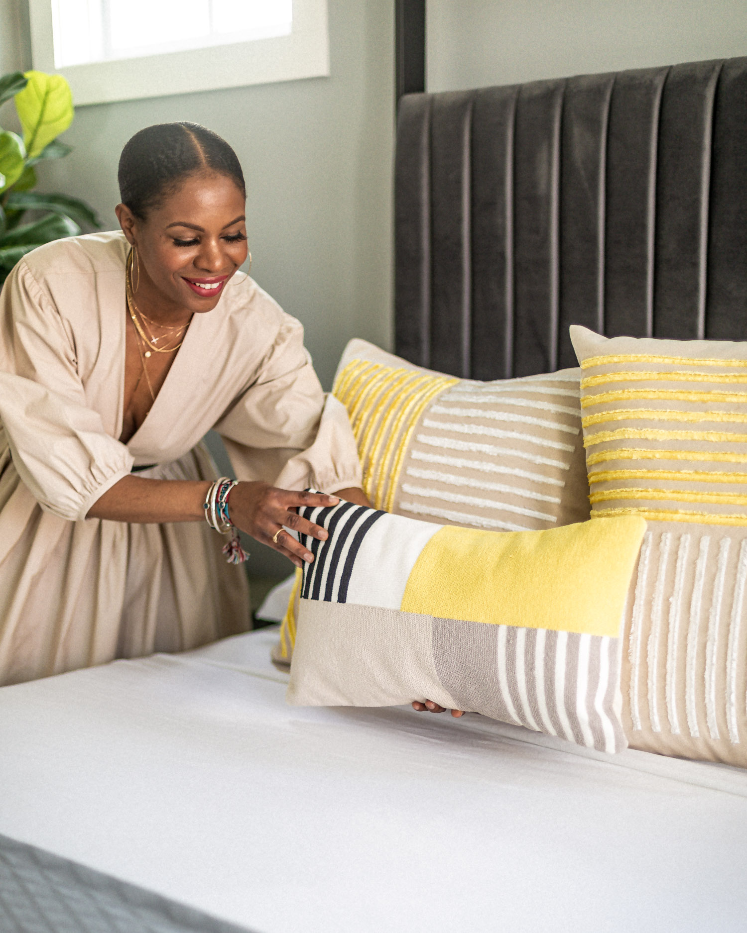 atlanta fashion blogger shows you how to give your bedroom a spring refresh, how to get your bedroom ready for spring, spring bedroom decor, how to update your rooms for spring, bedroom update, west elm, decorative pillows, how to give your room a spring refresh, summer decor ideas