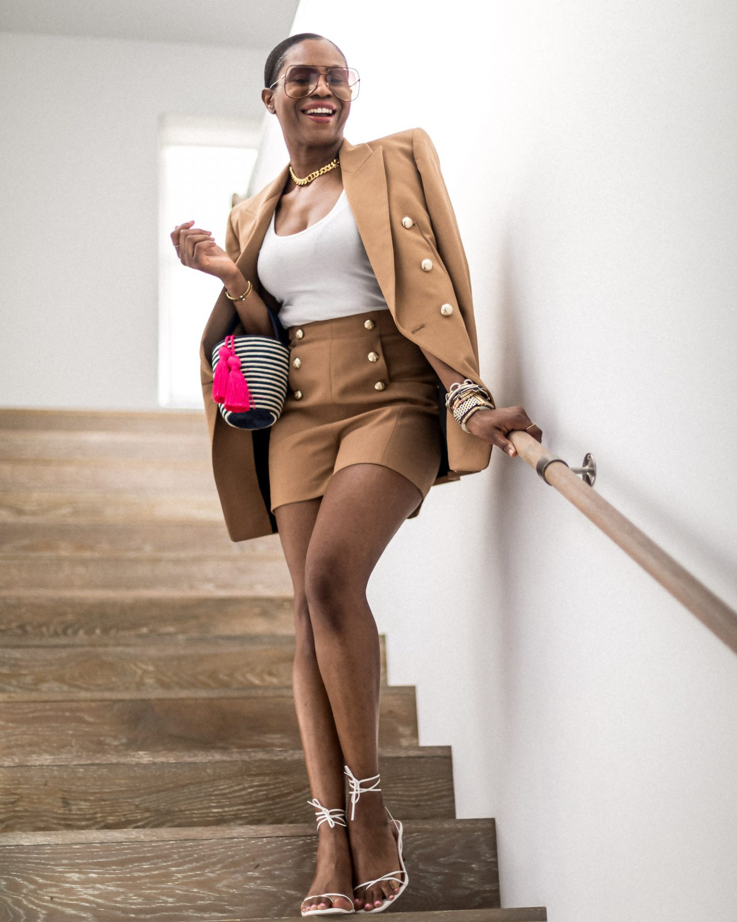 atlanta blogger wearing zara brown suit and white tank top, why you need a short suit set, suit, blazer and shorts wet, blazer and shorts, blazer trend