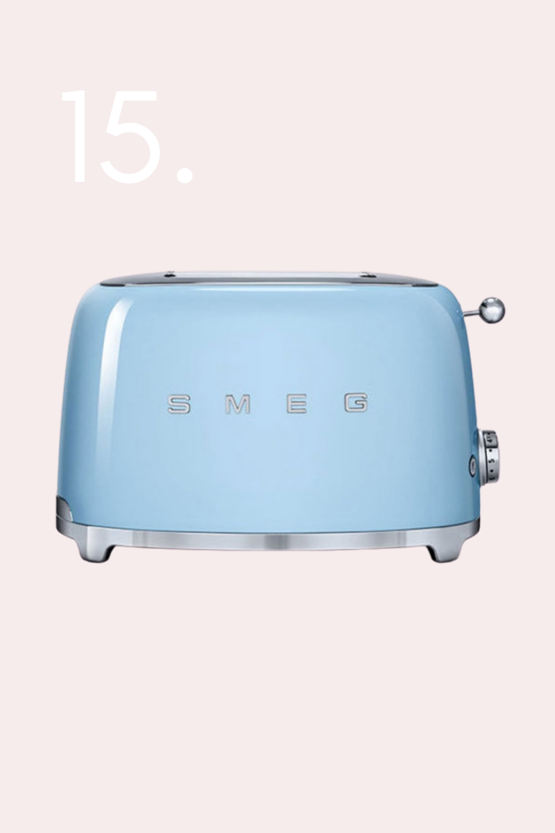 50s retro style two slice toaster, holiday gifts, gifts for the home, gift guide, oil diffuser