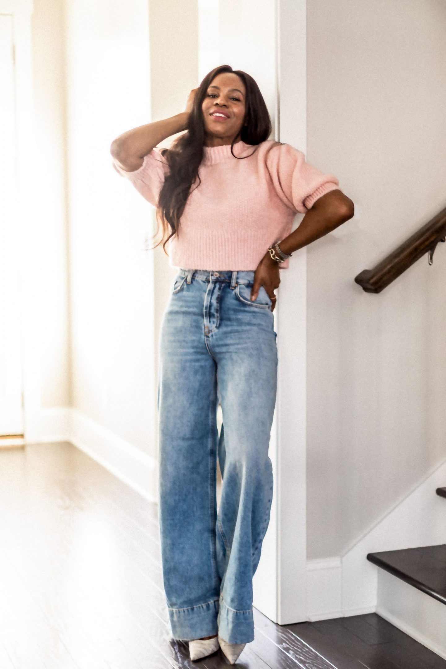 pink sweater, pink crop sweater, wide leg jeans, how to style wide leg jeans, fall sweaters, best fall sweaters, atlanat blogger list best sweaters for fall_