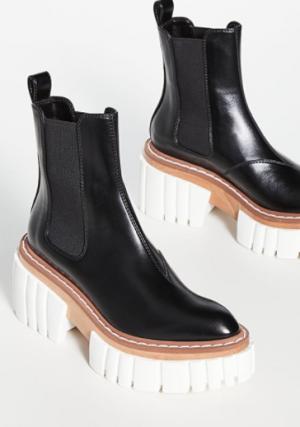stella McCarthy boots