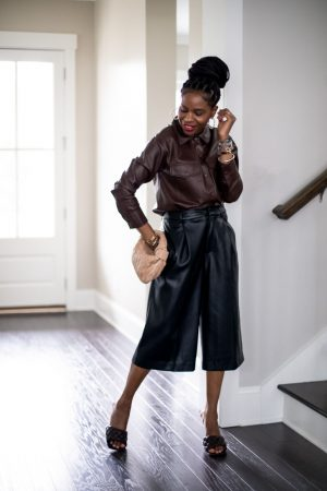 atlanta blogger shows you had to style faux leather for fall, fall leather, leather trend, how to wear faux leather, how to style faux leather, leather, leather trend, leather shirt, leather bermuda shorts, bottega bag, botteag shoes, padded shoes, brown shoes, how to style brown shoes
