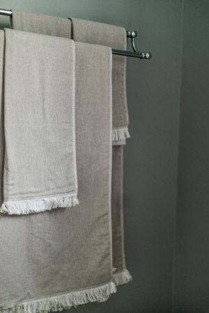 atlanta blogger creates the perfect at home sanctuary with liens and towels from target's casaluna caollection, towels, grey towels,