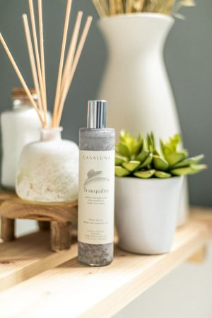 atlanta blogger creates the perfect at home sanctuary with liens and towels from target's casaluna caollection, diffuser,