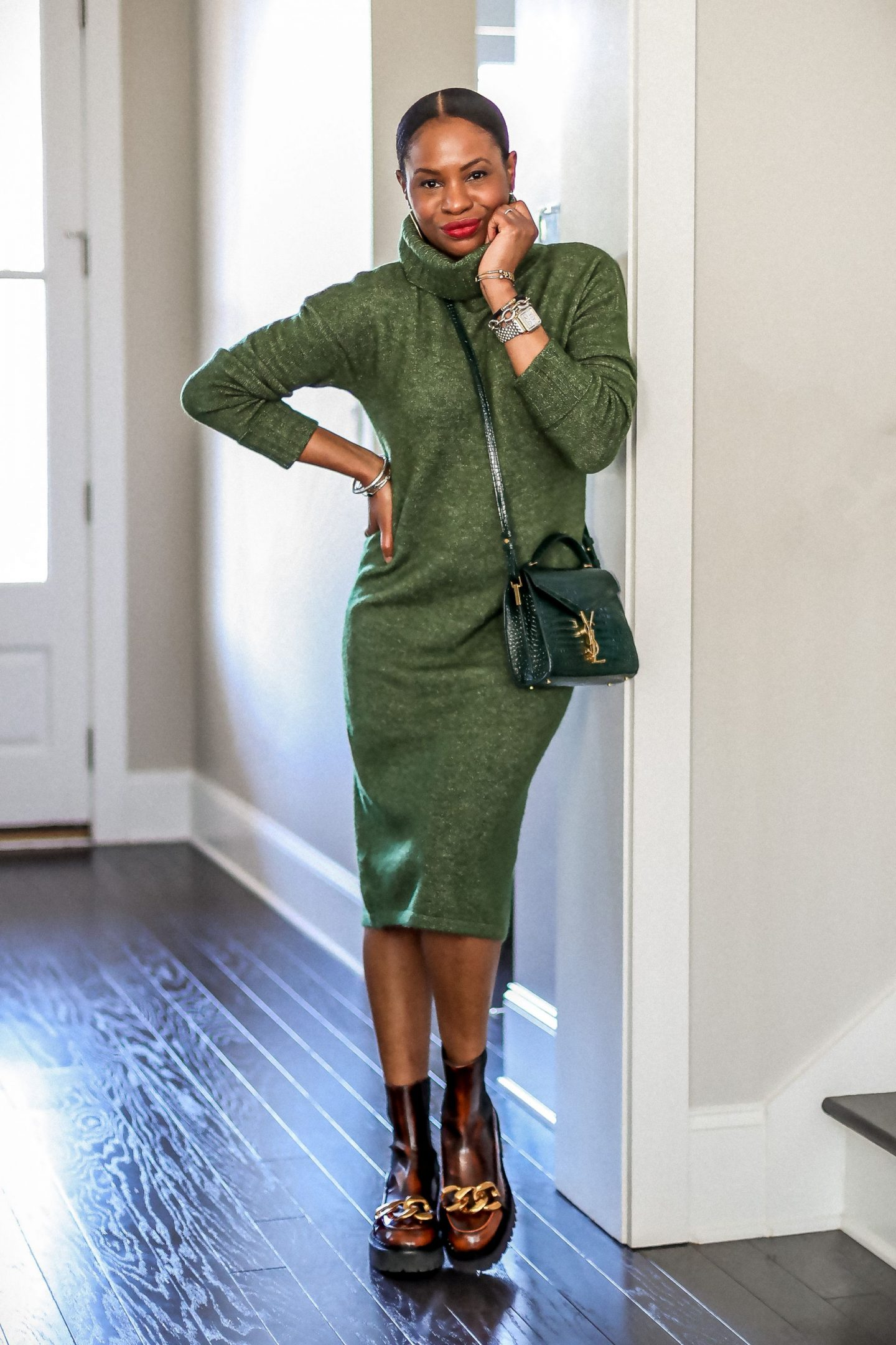 holiday alternative outfits for nye, what to wear at home for new year's eve, sweater dress, green dress, how to style a green dress
