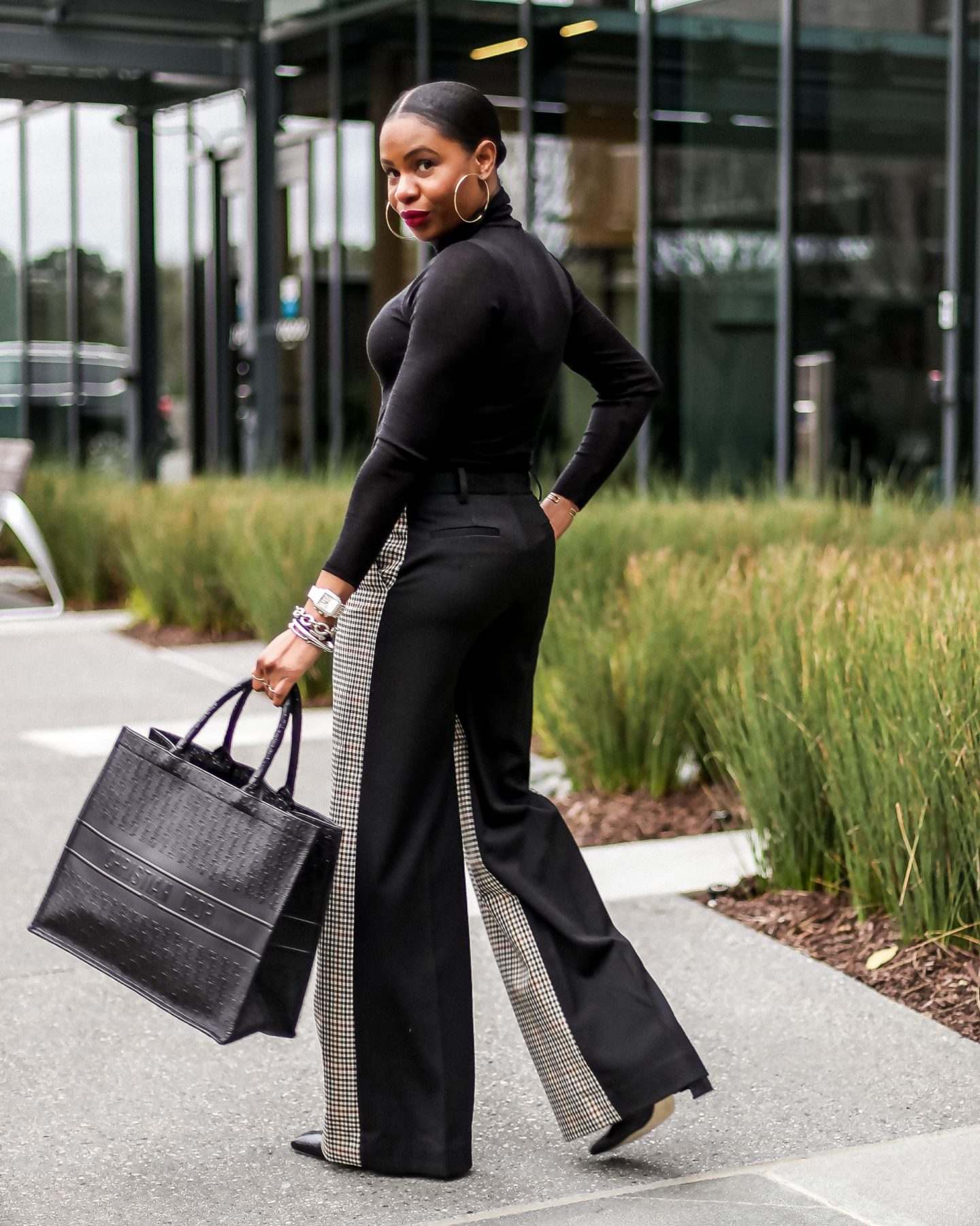 2021 fashion trends, wide leg pants, victoria beckham pants